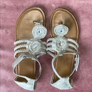FREE WITH BUNDLE Justice Sandals